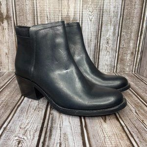 Wolverine leather Chelsea boots - 1000 Mile Series - Like New size 5.5